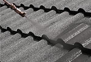 Dachfläche grundieren